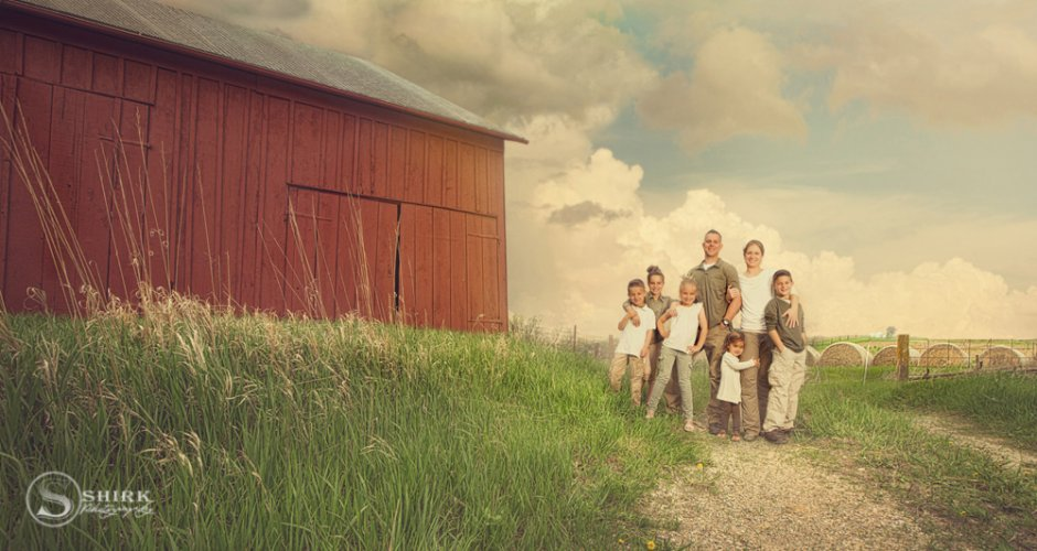 Shirk-Photography-Family-Portraits-Iowa-Creative-Barn-Sky-Tall-Grass
