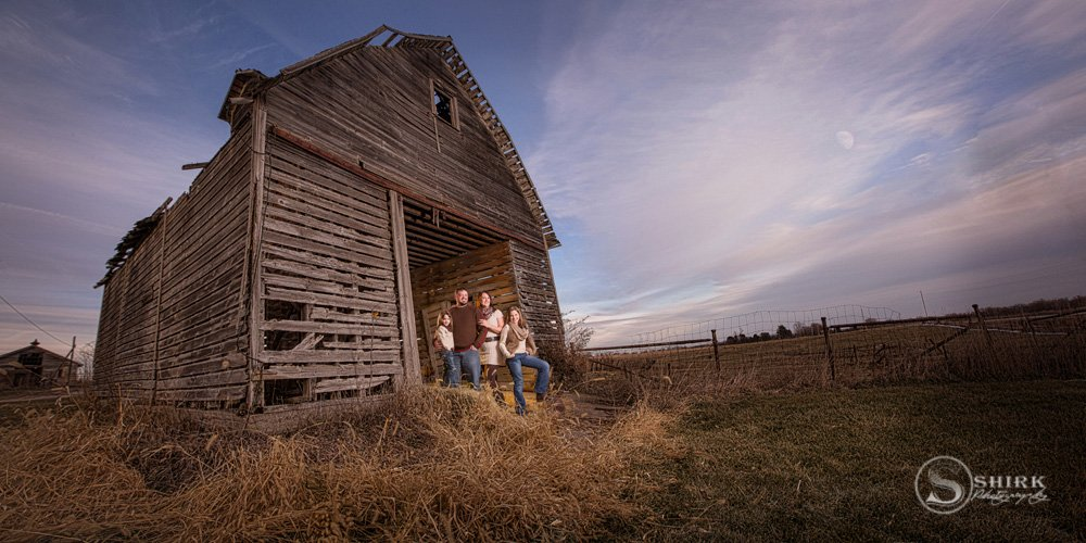 Shirk-Photography-Family-Portraits-Iowa-Creative-Barn-Sky