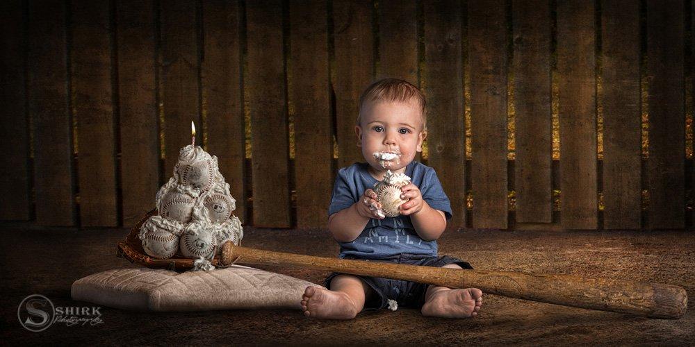 Shirk-Photography-Family-Portraits-Iowa-Creative-Birthday-Baseball-Cake-Child