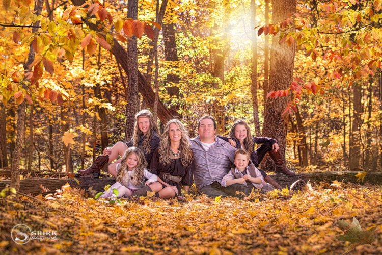 Shirk-Photography-Family-Portraits-Iowa-Creative-Fall-Leaves