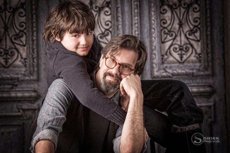 Shirk-Photography-Family-Portraits-Iowa-Creative-Father-Son-Hug