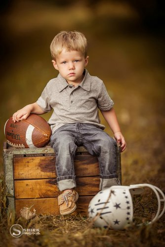 Shirk-Photography-Family-Portraits-Iowa-Creative-Football-Son