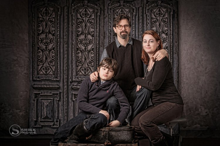 Shirk-Photography-Family-Portraits-Iowa-Creative-Formal-Son-Mother-Father