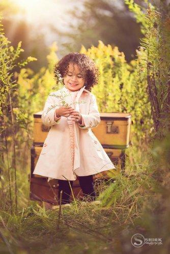 Shirk-Photography-Family-Portraits-Iowa-Creative-Long-Grass-Outdoors