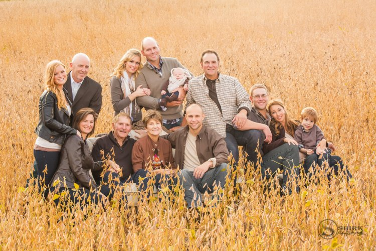Shirk-Photography-Family-Portraits-Iowa-Creative-Multiple-Generation-Field