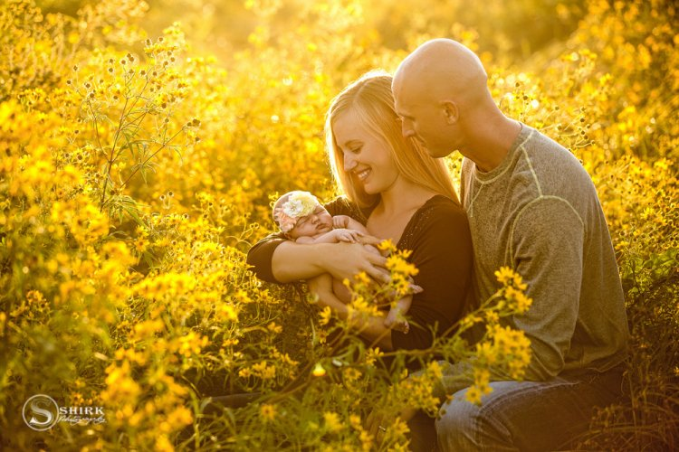 Shirk-Photography-Family-Portraits-Iowa-Creative-New-Born-Sunset-Outdoor