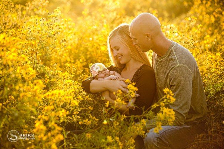 Shirk-Photography-Family-Portraits-Iowa-Creative-New-Born-Sunset-Outdoor