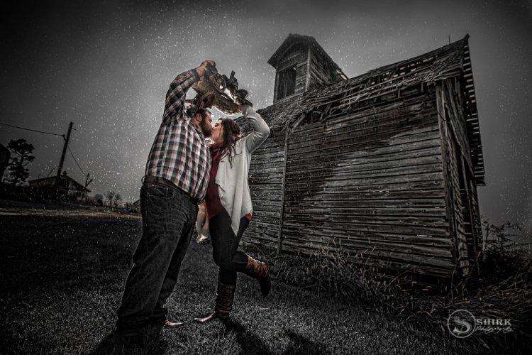 Shirk-Photography-Family-Portraits-Iowa-Creative-Rain-Engagement-Barn