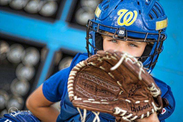 Shirk-Photography-Family-Portraits-Iowa-Creative-Softball-Catcher