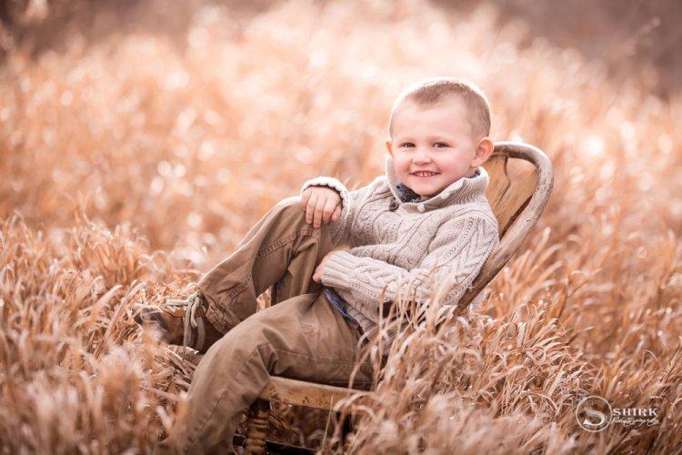 Shirk-Photography-Family-Portraits-Iowa-Creative-Son-Outdoor-Smile