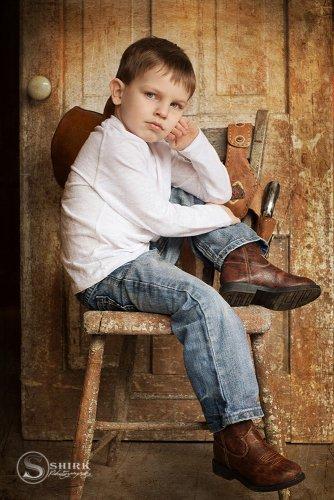 Shirk-Photography-Family-Portraits-Iowa-Creative-Son