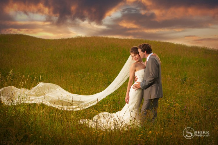 Shirk-Photography-Family-Portraits-Iowa-Creative-Wedding-Sunset