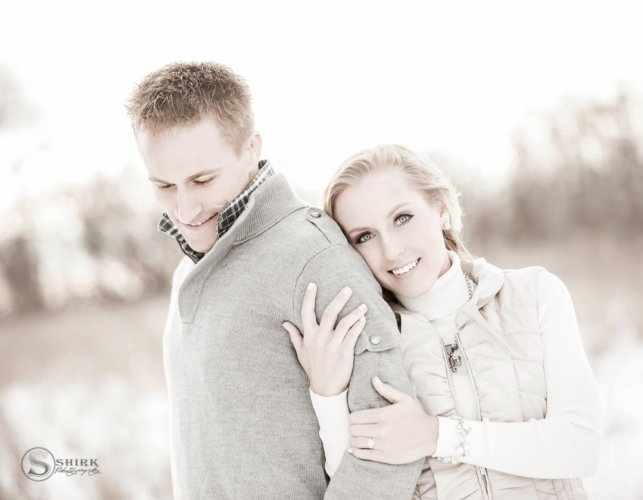 Shirk-Photography-Family-Portraits-Iowa-Creative-Winter-Engagement